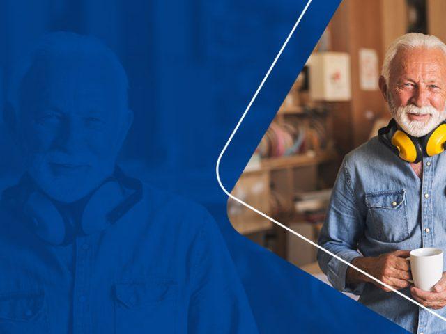 52% dos idosos são os principais responsáveis pelo sustento da casa, revela pesquisa da CNDL/SPC Brasil